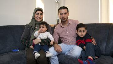 Ibrahim Monjid flüchtete mit seiner Familie zunächst in den Libanon, nachdem Truppen des Staatschefs Bashar al-Assad ihr Wohnviertel in Damaskus bombardiert hatten. Dank des Resettlementprogramms gelangte die Familie schliesslich in die Schweiz. | © Roger Wehrli