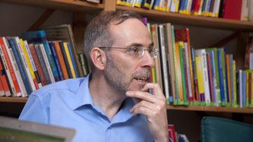 Halit Duran erachtet den interreligiösen Dialog als eine wichtige Sache, bedauert aber,  dass sich so wenige beteiligen. | © Roger Wehrli