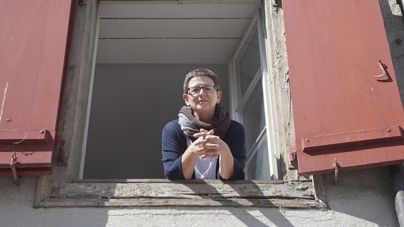 Ab 1. September finden Mittellose ohne Obdach im Haus Erhart an der Oberen Halde 23 in Baden ein Dach für die Nacht. Für die Betreuung, Verköstigung und Sicherheit stehen Susi Horvath und ihr Team samt Freiwilligen im Einsatz. | © Roger Wehrli