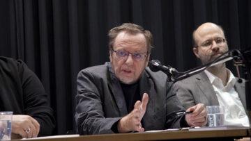 Bernd Kopp, Theologe, Germanist und Mediator, moderierte das Podiumsgespräch.   © Roger Wehrli