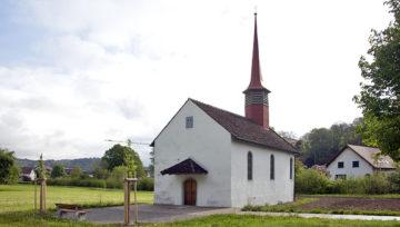 Die Fisibacher haben keine eigene Pfarrkirche. Die Gottesdienste werden in Kaiserstuhl besucht. Kaiserstuhl bildet zusammen mit Fisibach eine gemeinsame Kirchgemeinde und Pfarrei | © Roger Wehrli