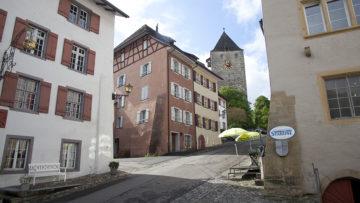 Wenn Fisibach zum Kanton Zürich wechselt, wird Kaiserstuhl zur Enklave im Kanton Aargau. | © Roger Wehrli
