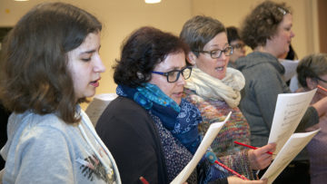 Albert Blum zitiert den Pastoraltheologen und Autor Peter Hahnen: «Liturgie kann auf vieles verzichten. Ausser auf die mitfeiernde Gemeinde».