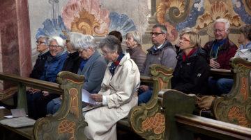 Die Feier in der Klosterkirche mit dem Gebet «Schritt für Schritt» bewegte die Besucherinnen und Besucher. | © Roger Wehrli