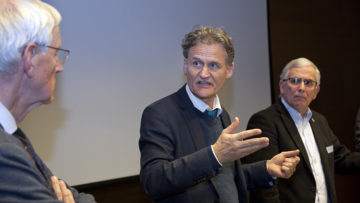 Niklaus Schär von der Sammelstiftung CoOpera spricht über seine Erfahrungen aus 33 Jahren Bemühungen, nachhaltig zu Investieren. | © Roger Wehrli