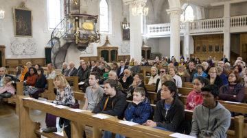 Eine Gemeinschaft aus vielen Gemeinschaften. Seit 1999 gibt es in Baden das Gebet der Religionen. | © Roger Wehrli