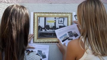 Die heute weltbekannte Familiendynastie Guggenheim hat ihr Stammhaus in Lengnau. Schülerinnen entdecken die Familiengeschichte der Guggenheims. | © Roger Wehrli