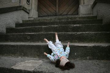 Das Thema Missbrauch erschüttert die Römisch-Katholische Kirche seit Jahren und droht zur Zerreissprobe zu werden, denn mittlerweile sind auch viele treue und engagierte Katholiken nicht mehr bereit, ihrer Kirche den Rücken zu stärken. | © Symbolbild Roger Wehrli