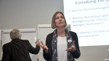 Die Kommunikationsverantwortliche der katholischen Landeskirche, Esther Kuster, leitete die Diskussionsrunde. | © Roger Wehrli