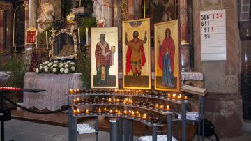 Die Stadtkirche Bremgarten kennt drei Kichenpatrone: den heiligen Nikolaus von Myra, Synesius und Maria von Magdala .   © Roger Wehrli