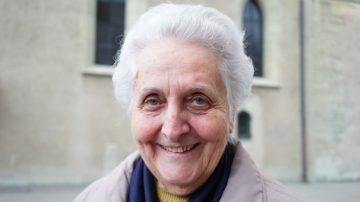 Monika Liauw-Hanimann betreut seit acht Jahren den interreligiösen Stammtisch in Baden. | © Vera Rüttimann