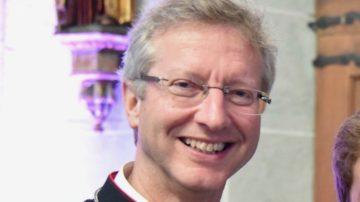 Aus der Schweiz wird Jugendbischof Alain de Raemy an der Synode dabei sein. | © Raphael Zbinden