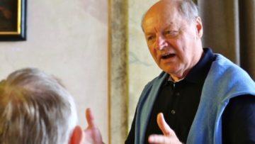 Der ehemalige Lehrer, Theologe, Religionspädagoge und Erwachsenenbildner Alfred Höfler folgt in seinem neuen Buch den Spuren der Seele. | © zvg