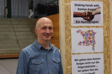 Beat John, Projektleiter des «exex - exchange experience» ist auch nach der Auswertung hochzufrieden mit dem Anlass. Besonders habe ihn die Dankbarkeit der Flüchtlinge berührt, so der Mitarbeiter von Caritas Aargau. | © Andreas C. Müller