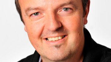 Bruno Flunder,  Leiter der Zwitscher-Bar beim Vögeligärtli, dem Begegnungs- und Beratungs-Café im Herzen Luzerns, ist ebenfalls Mitglied im Arbeitskreis Regenbogenpastoral. | © zvg