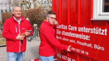 in neuer Name und klarer auf den Punkt gebracht, was angeboten wird. Der «rote Wagen» des Caritas-Unterstützungsdienstes schärfte nach drei Jahren sein Profil. | © Andreas C. Müller