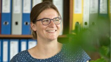 Christina Zweifel, Leiterin der Fachstelle Alter und Familie beim Kantonalen Sozialdienst, hatte die Idee zur Aktion «Schöne Post». | © zvg