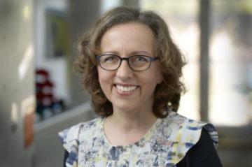 Claudia Nothelfer ist Theologin, Mitarbeiterin bei der Fachstelle Bildung und Propstei sowie seit sechs Jahren Kontemplationslehrerin via Integralis.© Marie-Christine AndresFelix Wey