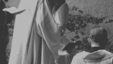 Am 27. Mai 1965 wurde Pfarrer Eugen Vogel von Bischof Franziskus von Streng in sein neues Amt in Windisch eingesetzt. | © Archiv Eugen Vogel