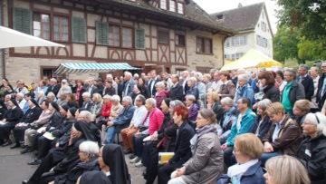 Einmal mehr viel Volk im Fahr: Das Interesse an der Schwesterngemeinschaft ist ungebrochen. | © Andreas C. Müller