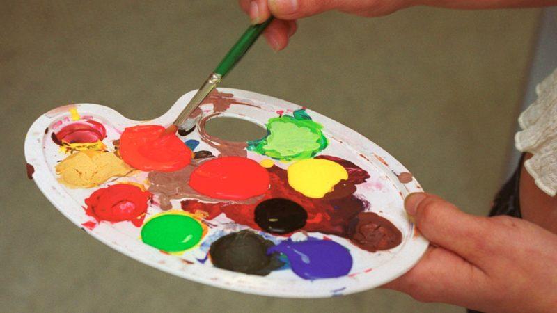 Die Palette der religiösen Farben ist bunt. | ©kna-bild