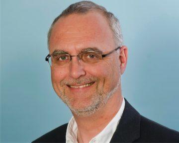Bei den Aargauer Reformierten werden die Zahlen für 2016 erst Anfang April 2017 veröffentlicht. Der Leiter des Informationsdienstes der Reformierten Kirche Aargau, Frank Worbs, lässt allerdings schon jetzt durchblicken, dass es in Sachen Austritte wohl «nicht schlechter wird als 2015.» Zwar dürften die Gesamtmitgliederzahlen weiter sinken – nach Schätzungen von Frank Worbs in etwa wie 2015, doch habe es im Jahre 2016 «etwas weniger deklarierte Austritte gegeben». | zvg