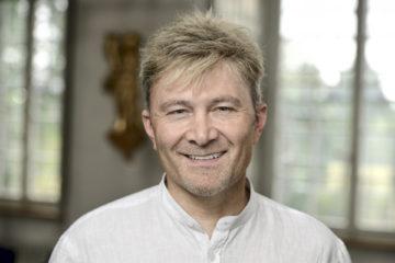 Hansruedi Huber, Kommunikationsverantwortlicher beim Bistum Basel, vertraut darauf, dass die Pensionskassengelder der Bistumsangestellten nachhaltig angelegt werden.   © Felix Wey