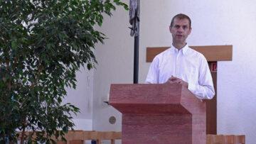 Pfarreirat Heiner Gradwohl amtete als Lektor im Muttertagsgottesdienst in Erlinsbach. | © Christian Breitschmid