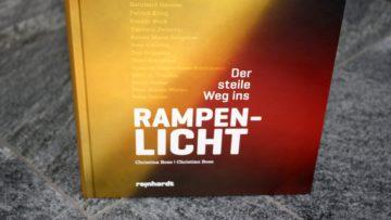 Das aktuelle Buch «Der steile Weg ins Rampenlicht» zeigt bekannte Schweizer Persönlichkeiten aus Sport, Gesellschaft und Showbusiness von einer bisher unbekannten Seite. | © Marie-Christine Andres