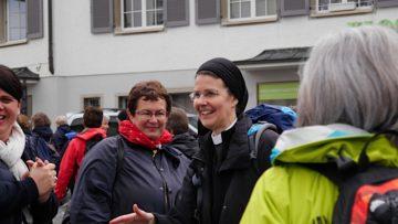 Irene Gassmann, Priorin des Aargauer Klosters Fahr in St. Gallen, anlässlich des Beginns der Pilgerwanderung «Für eine Kirche mit* den Frauen» im Mai 2016. | © Anne Burgmer