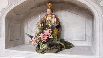Eine Madonnenfigur in der barocken Klosterkirche. | © Andreas C. Müller