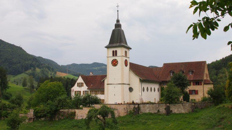Das Kloster befindet sich am Fusse des Passwang zwischen Unter- und Oberbeinwil im solothurnischen Jura. 1648 zogen die letzten Benediktinermönche von dort weg nach Mariastein. | © Andreas C. Müller