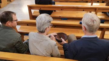 Unterstützung benötigen auch Priester aus dem Ausland, die erst im Alter von nach 40 Jahren in die Schweiz kamen. | © Christian Breitschmid