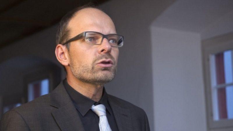 Um die aktuelle Krise der Kirche zu bewältigen, forderte RKZ-Präsident Luc Humbel die Schweizer Bischöfe zu einem entschlossenen und gemeinsamen Vorgehen mit den Landeskirchen auf. | © Roger Wehrli