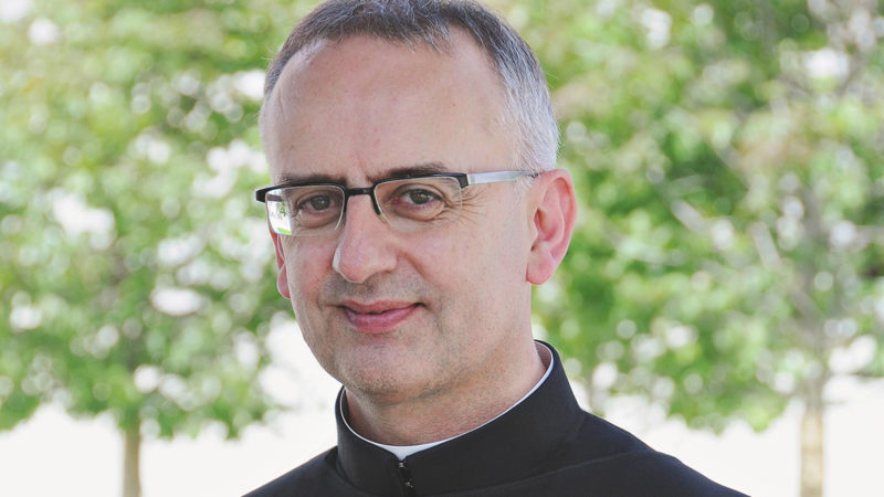 Auch die Schweizer Bischofskonferenz kritisierte Martin Werlen scharf: Die Schweizer Bischöfe sollten frei werden für Visionen und Entscheidungen. Die Bischofskonferenz könne Impulse geben, Papst Franziskus spiele ihnen sogar den Ball dauernd zu. | © Kloster Einsiedeln