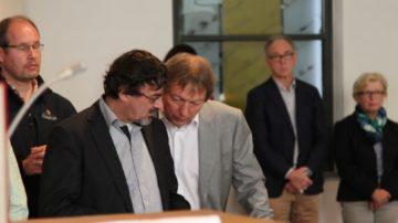 Kees Kok (links) zusammen mit Tom Löwenthal, der seit 1978 die Liedtexte von Huub Oosterhuis vertont und den Chor der Amsterdammer Studenten-Kirche leitet. | ©  Ingo Beller