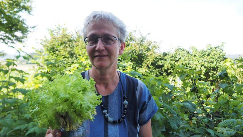 Vroni Peterhans, Vorstandsmitglied beim Elisabethenwerk, hat das Urban Gardening-Projekt in Bolivien seit mehreren Jahren begleitet. | © Fabrice Müller