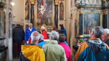 Staunen in der Schlosskapelle Böttstein und einmal auf den «Herrensitzen« der von Rolls Platz nehmen. | © Andreas C. Müller