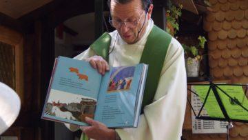 Thomas Sidler greift die Geschichte von Noah auf, um zu zeigen, dass Gott auch die Tiere wichtig sind. | © Andreas C. Müller