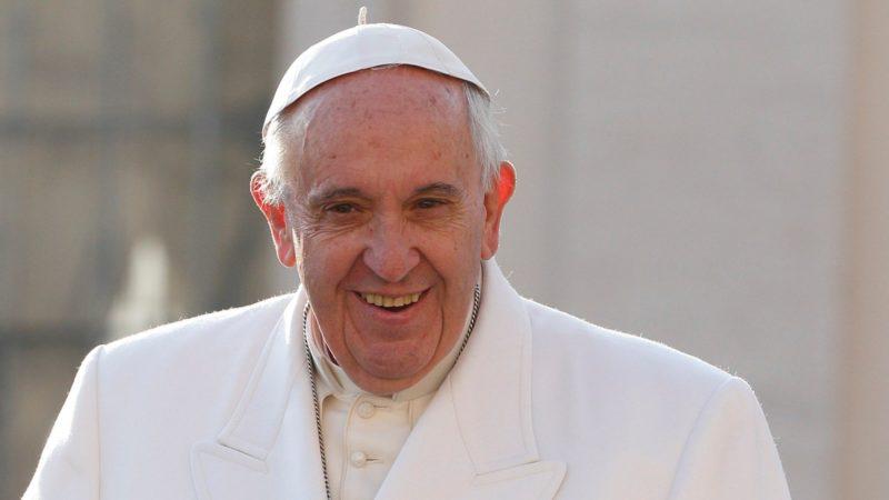 Ermutigt mit seiner Enzyklika «Laudato si» kirchliche Kreise, sich für den Atomausstieg stark zu machen: Papst Franziskus. | © REUTERS/Luca Zennaro