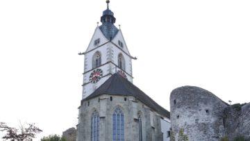 Die Kirche in Laufenburg thront über der Altstadt und ist dem Wetter stark ausgesetzt. | © Roger Wehrli