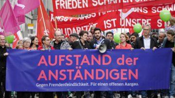 «Solidarität mit schwächeren und benachteiligten Gliedern der Gesellschaft» und «Toleranz gegenüber Mitmenschen, die anders denken, fühlen oder sind als wir selber», fordert der Aargauer Regierungsrat. | © Anne Burgmer