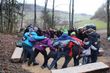 Die Jubla Wittnau erneuerte zusammen mit einem Forstbetrieb die Feuerstelle «Gislete». | © zvg