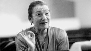 Susana war eine der ersten, nichtspanischen Flamencotänzerinnen. Ihr künstlerisches und pädagogisches Wirken trug in der Schweiz und international wesentlich zur Popularisierung und künstlerischen Anerkennung des Spanischen Tanzes, insbesondere des Flamencos bei. Ihr Ehemann, der Pianist Armin Janssen, komponierte unter dem Namen Antonio Robledo die Musik für ihre Bühnenwerke. | © Flamencos en route