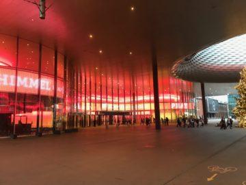 In den hippen Messehallen hat sich das PraiseCamp eingemietet. Das Budget für die Veranstaltung liegt bei über 1,5 Millionen Franken. Gedeckt werden die Kosten durch Teilnehmerbeiträge. | © Andreas C. Müller