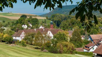 Seit 40 Jahren ist die Propstei Wislikofen das Bildungshaus der römisch-katholischen Kirche im Aargau. | © Werner Rolli
