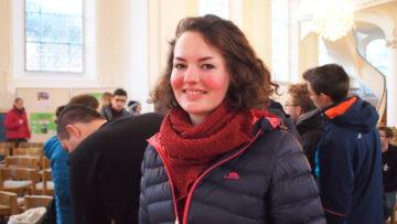 Auch zu Gast in Brugg: Charlotte aus Hamburg. Doch auch die 24-Jährige musste bei der Ankunft warten, bis ihr endlich die Gastgemeinde zugeteilt wurde. | © Andreas C. Müller