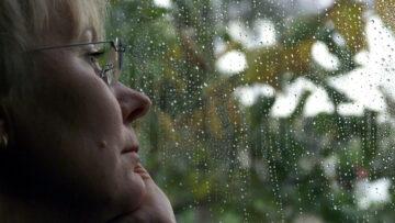 Viele Menschen in Krisensituationen trauen sich nicht in eine persönliche Beratung.   © kna-bild
