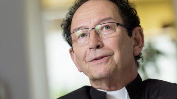 Diakon Ueli Hess bestätigt die gute ökumenische Zusammenarbeit zwischen den drei Konfessionen. | © Werner Rolli