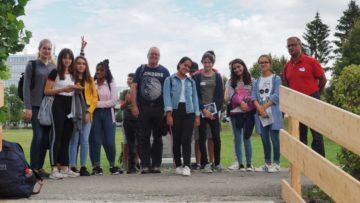 Die meisten Teilnehmenden kamen aus dem Aargau – zum Beispiel die Gruppe von Peter Zürn, Pastoralassistent in der Seelsorgeeinheit Killwangen/Neuenhof/Spreitenbach. Doch auch aus den Kantonen Solothurn und Thurgau waren Jugendliche angereist. | © Anne Burgmer